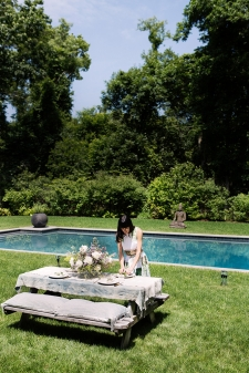 elle_summer_outdoor_party_amagansett_flowers_rustic_eye-swoon_athena_calderone_diy_chloe_crespi_photography_2q6b0770-edit