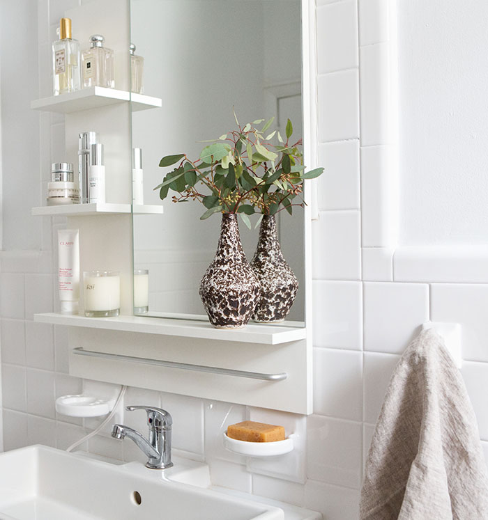 Clean + Pristine…A Bathroom Facelift